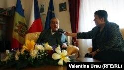 Karel Schwarzenberg interviewed by RFE/RL's correspondent Valentina Ursu