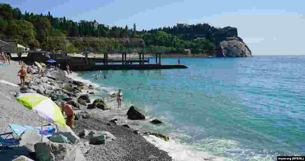 Так виглядає муніципальний пляж селища