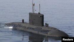 Учения военно-морского флота иранской армии