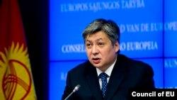 Тышкы иштер министри Эрлан Абдылдаев