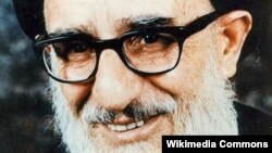 Ayatollah Mahmud Taleghani, a key figure of the 1979 Islamic Revolution who became Tehran's first Friday Prayers leader after the revolution, was a known chain smoker who wasn't shy about his habit.