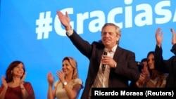 Аргентинанын президенти Альберто Фернандес. (Архивдик сүрөт.)