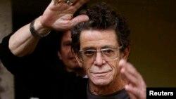 Dick Wagner, ndër të tjera ka qenë gitarist edhe i Lou Reed, që shihet në këtë fotografi