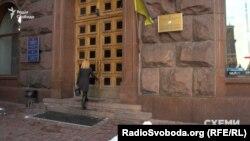 Журналістам вдалося поговорити з Діденком, але не на камеру