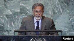 داکتر زلمی رسول وزیر خارجه افغانستان پیام رییس جمهور کرزی را بخوانش گرفت