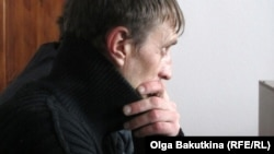 Андрей Попов в зале суда