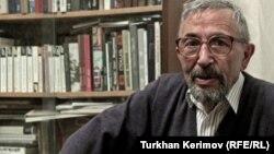 Siyasi təhlilçi, Toğrul Cuvarlı
