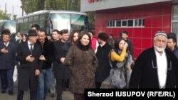 Өткөн жылдын 26-октябрында Ошко келген өзбек делегациясынын өкүлдөрү.