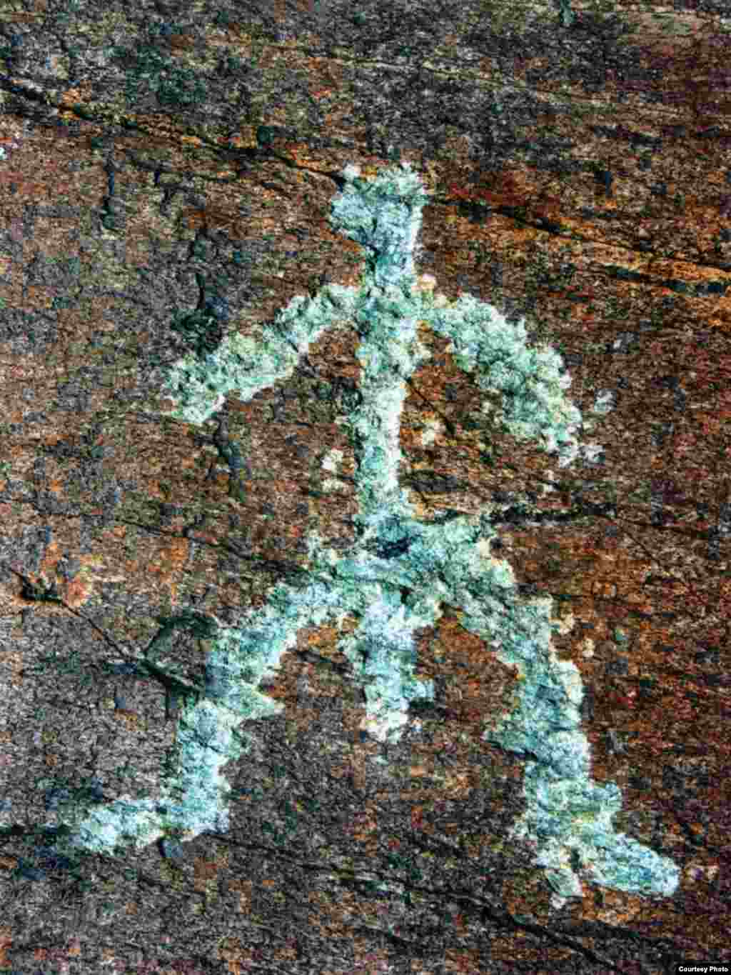 "Это - Я, человек, родившийся 5500 лет тому назад в Великой Степи. - Kazakhstan – Ancient petroglyphs that suggest domestication of horses on territory of Northern Kazakhstan, photo #1 from ""Shynghystaw Petroglyphs"" by Mukhtar Magauin"
