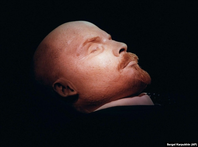 on revolution centenary perplexed russians ask who am i to judge  the embalmed body of vladimir lenin is on display in his tomb on moscow s red square