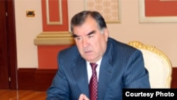 Президент Эмомалӣ Раҳмон