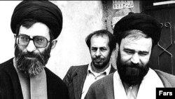 آیت الله خامنه ای در اوائل انقلاب در کنار احمد خمینی
