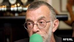 Поэт и публицист Лев Рубинштейн
