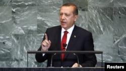 Премьер-министр Турции Реджеп Эрдоган выступает с речью на 66-й сессии Генеральной Ассамблеи ООН, Нью-Йорк, 22 сентября 2011 г.