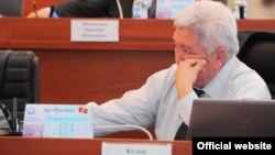 """Лидер фракции """"Ар-Намыс"""" Феликс Кулов, Бишкек, 5 июля 2012"""