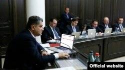 Կառավարության 2013 թվականի վերջին նիստը