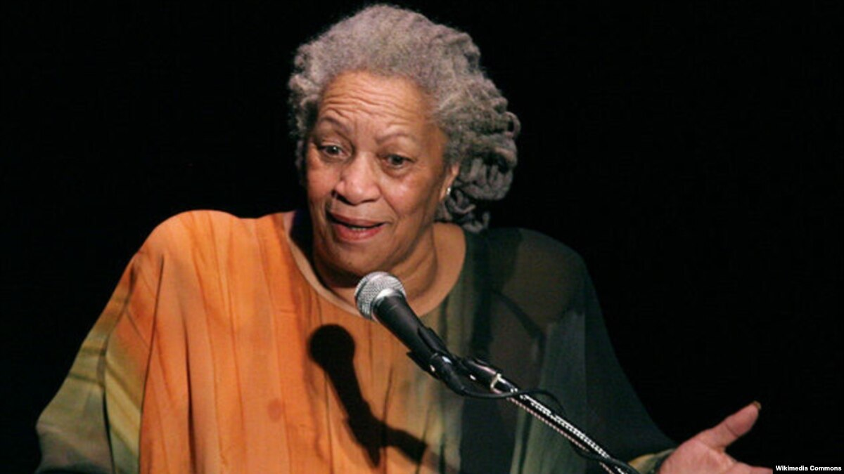 study on toni morrison Lightning that cleaves and reveals it—toni morrison 1 in toni morrison's foreword to her 2003 novel love , the author positions her latest work as a continuance of themes explored in the body of her literary career.