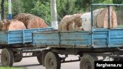 Вырубка чинар на улице Бабура в Ташкенте. Фото информационного агентства «Фергана».