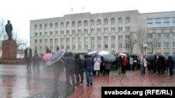 Прадпрымальнікі на плошчы Леніна