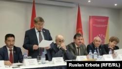 Қазақстан коммунистік-халықтық партиясының кезектен тыс 10-құрылтайы. Астана, 2 ақпан 2016 жыл.