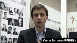 Leonid Litra în studioul Europei Libere