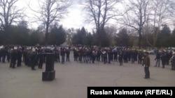 Митинг оппозиции в Джалал-Абаде. Кыргызстан, 15 марта 2016 года.