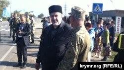 Рефат Чубаров блокаданың беренче көнендә Чонгар чик капкасында