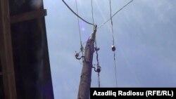 Линия и столб в азербайджанской провинции, в селе Гядик Губинского района, 2013