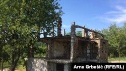 Dobojsko naselje Prisade dvije decenije nakon zločina