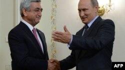S.Sarkisian və V.Putin