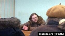 Беларусь мүсіншісі Геник Лойка сот залында. Минск, 21 ақпан 2013 жыл.