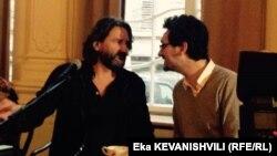 ფრედერიკ ბეგბედერი და დავიდ ფონკინოსი