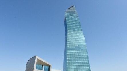 SOCAR-ın 335 milyon dollarlıq binasından fotolar