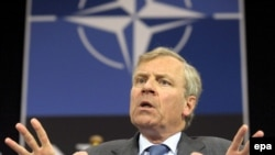NATO chief Jaap de Hoop Scheffer will address concerns over the Georgian crisis
