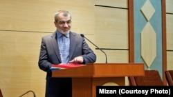 سخنگوی شورای نگهبان ساعاتی قبل احتمال داده بود که این شورا اسامی افراد تاییدصلاحیتشده را روز پنجم اردیبهشت اعلام کند.