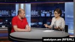 Քաղաքական մեկնաբան Հակոբ Բադալյանը «Ազատություն TV»-ի տաղավարում, արխիվ