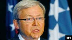 Australia's Foreign Minister, Kevin Rudd, says Assange is not responsible for the release of the American diplomatic cables.