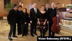 Marion Fürst împreună cu soliștii concertului omagial
