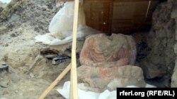 На месте археологических раскопок Мес Айнак в провинции Логар.