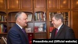 Andrei Neguta la o întîlnire cu președintele Igor Dodon