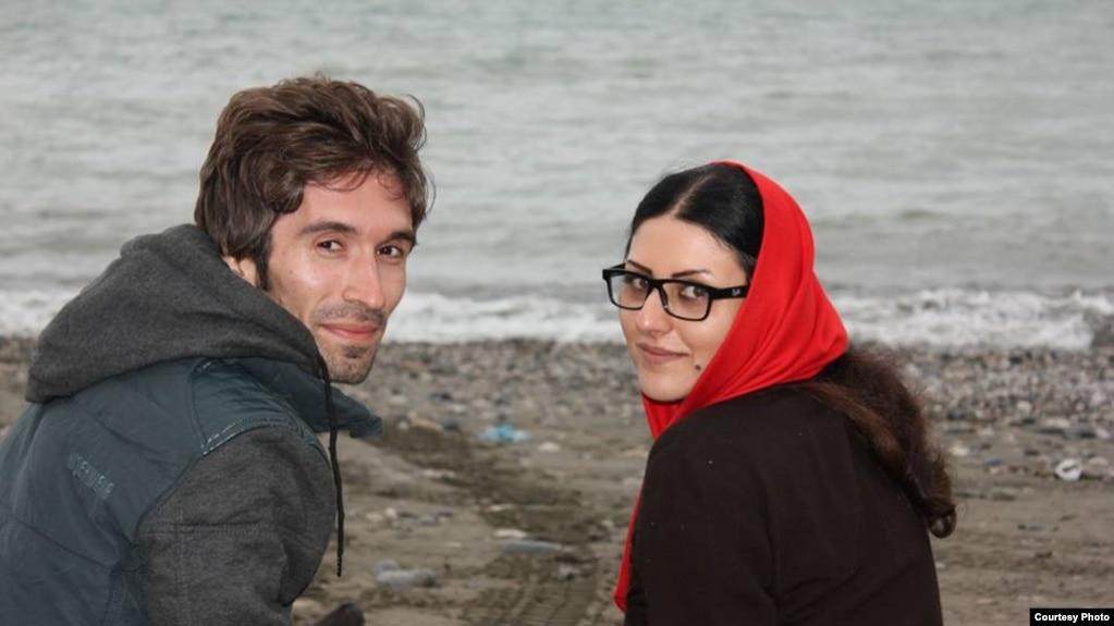 گلرخ ایرایی در کنار همسرش آرش صادقی