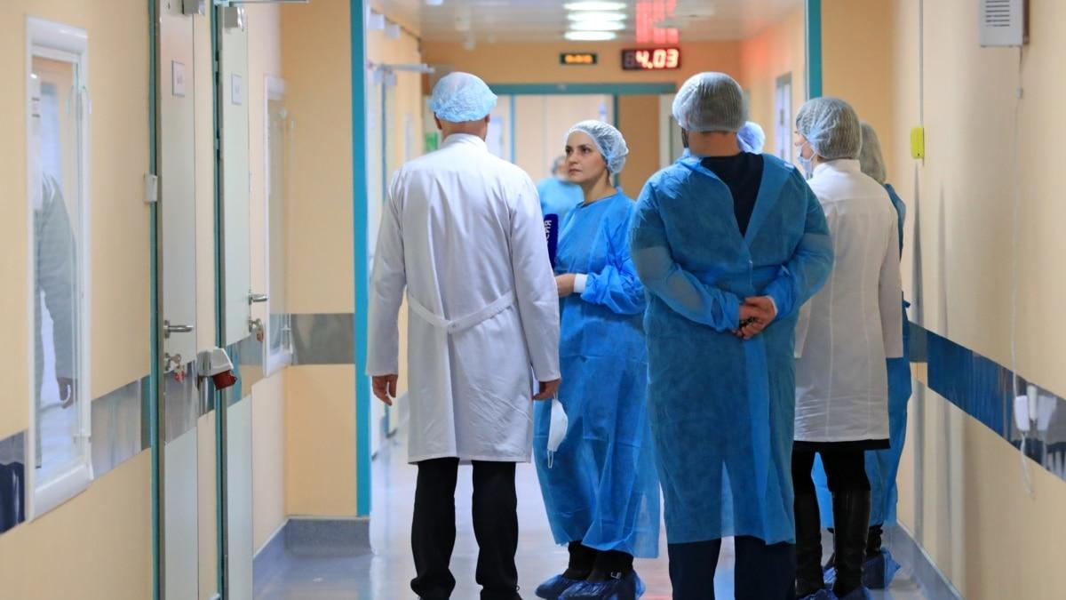В больнице с больными COVID-19 в Санкт-Петербурге из-за пожара погибли 5 пациентов на аппаратах ИВЛ