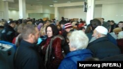 Очереди в крымский Госкомрегистр