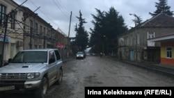 Главный вопрос, по мнению политолога, состоит в том, какой процент жителей Ленингорского района может голосовать