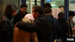 Родственники жертв авиакатастрофы в Казани