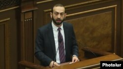 Арарат Мирзоян выступает в парламенте, 14 января 2019 г.