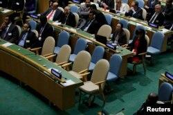 Порожні стільці після того, як українська делегація залишила зал під час виступу Путіна на Генасамблеї ООН