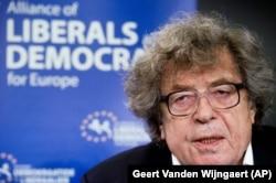 در نشست بررسی وضعیت آزادی و دموکراسی در مجارستان در سال ۲۰۱۲