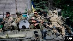 Украина әскері елдің шығысында жүр. Волноваха, 22 мамыр 2014 жыл.