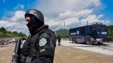 Припадници на косовските специјални сили во близина на Миторвица за време на денешната операција.
